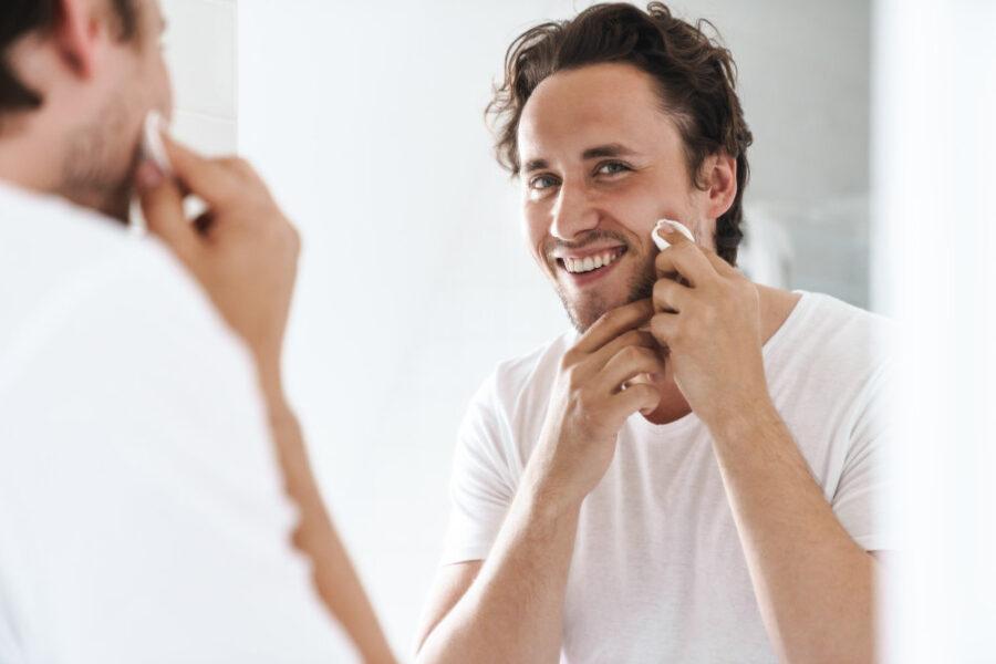 Pielęgnacja twarzy u mężczyzn – na co zwrócić szczególną uwagę?