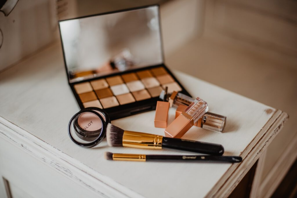 Sposoby na zdobycie darmowych próbek kosmetyków, gadżetów i nie tylko